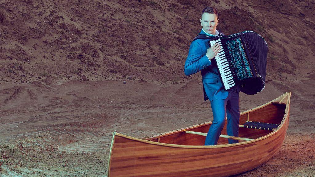 Martynas Levickis. Solo (akordeonas, Lietuva)